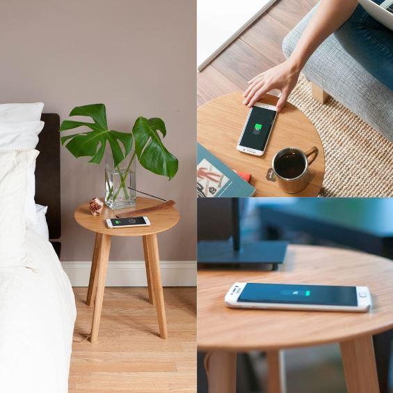 Đây là một chiếc đệm tre sạc không dây. Ồ, bạn không hề nghe nhầm đâu, chiếc bàn này được thiết kế bởi tập đoàn IKEA – Thụy Điển, nó vừa đủ để thực hiện chức năng là một chiếc bàn gọn nhẹ, thời trang, vừa phù hợp bố trí bên bất kỳ nơi nào trong gia đình và đặc biệt là đặc chiếc điện thoại của mình lên đó để tiếp thêm năng lượng.