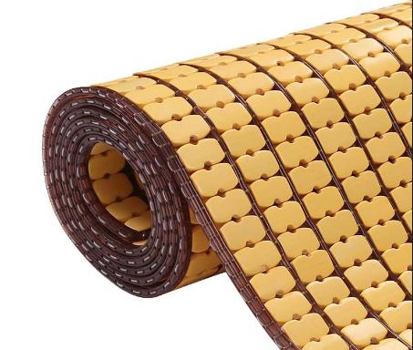 Chiếu rất đều đặn, màu sắc đẹp, đan chiếu rất dày, dây cước chắc chắn