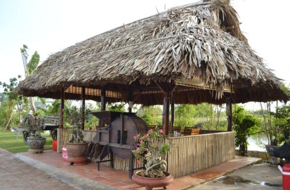 Mẫu nhà lá không vách – khung gỗ